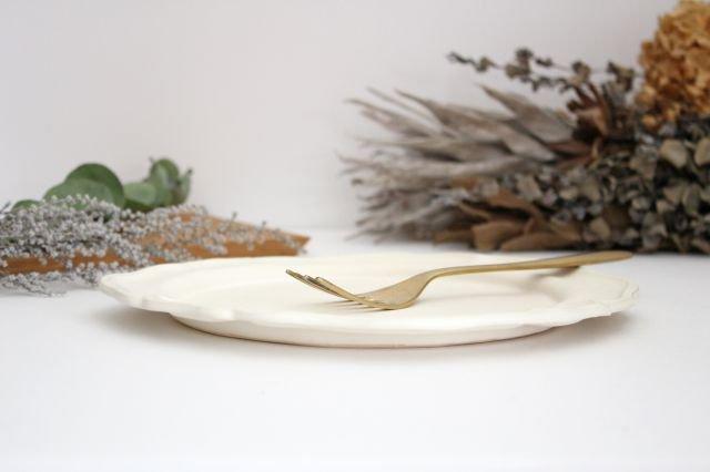 白マット洋皿 8寸 陶器 長浜由起子 画像2
