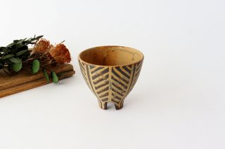 4つ足カップ 灰釉 線紋 陶器 南陶窯 久場政一 やちむん商品画像