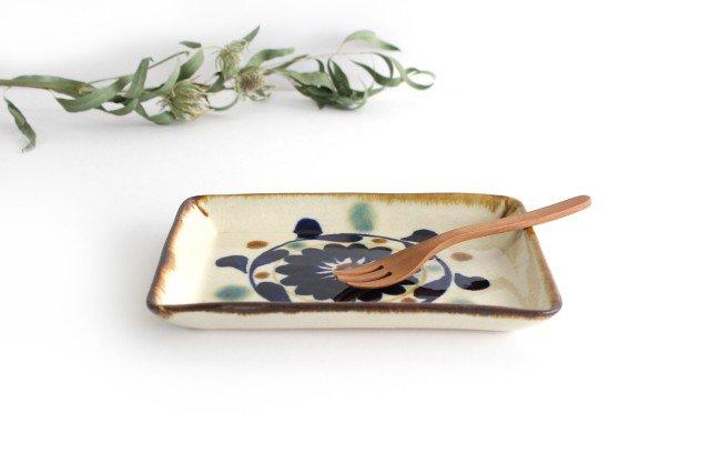 角皿 菊花紋 陶器 エドメ陶房 やちむん 画像2