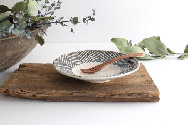 波佐見焼 ORIME ヘリンボーン 6寸丸皿 ブラウン 【B】 陶器  画像2
