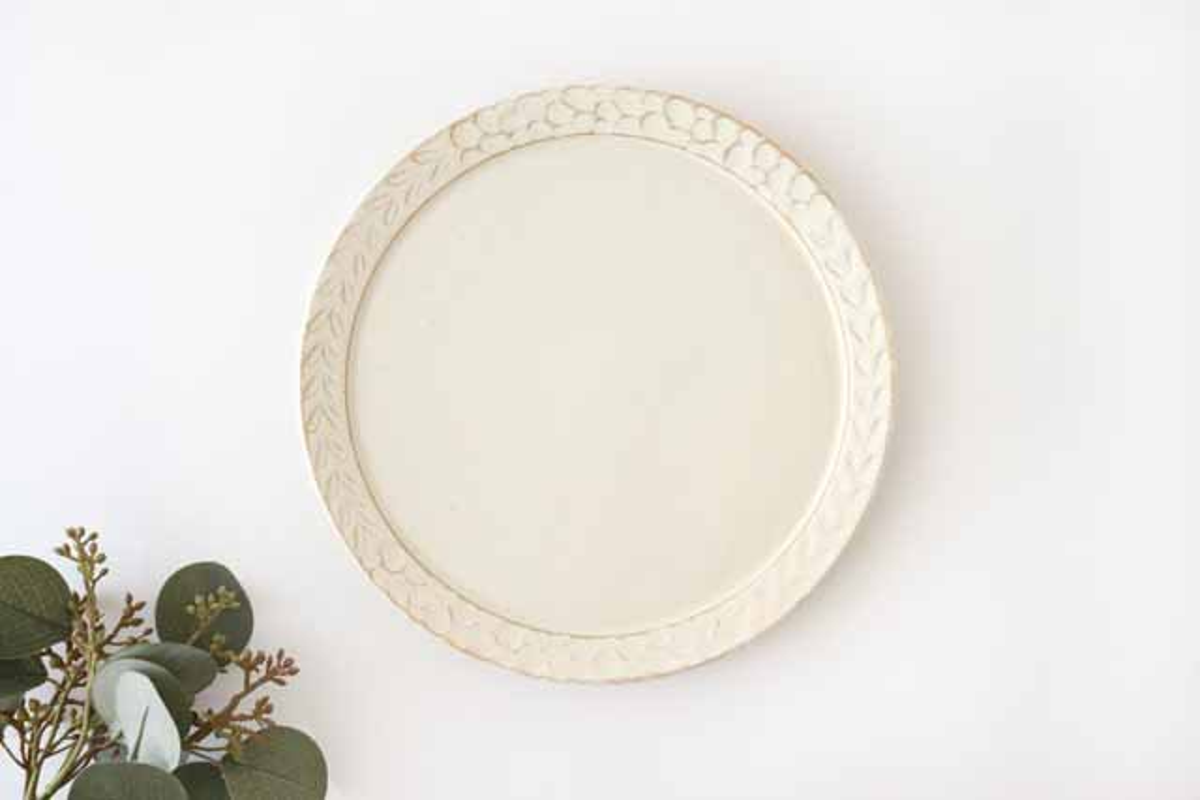 7寸リム皿 白 陶器 小鯖美保子