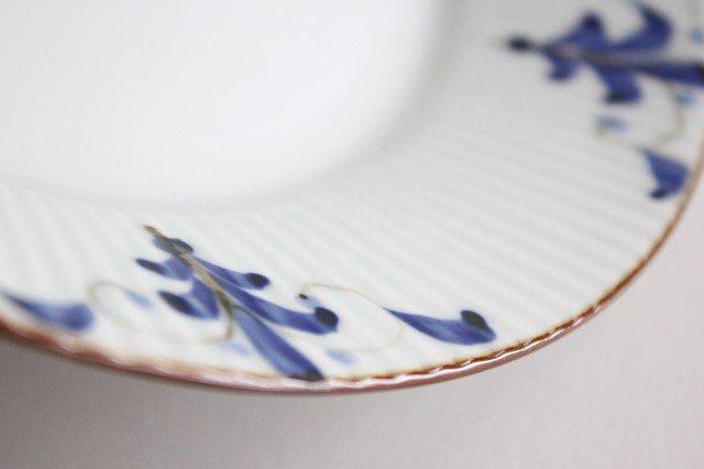 しのぎ7寸皿 LEAVES 磁器 皓洋窯 有田焼 画像4