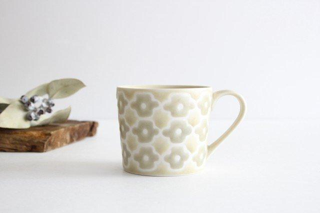 マグカップ グレーフラワー 磁器 すこし屋 砥部焼 画像4