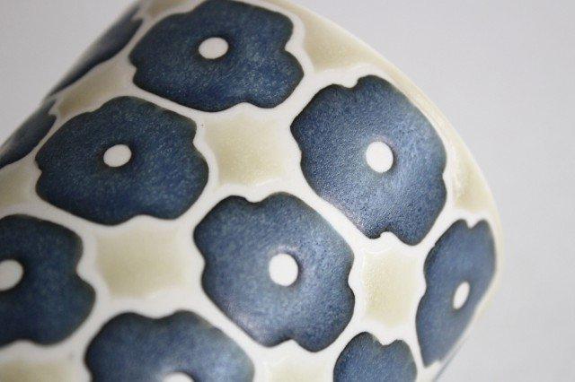 マグカップ インディゴフラワー 磁器 すこし屋 砥部焼 画像6
