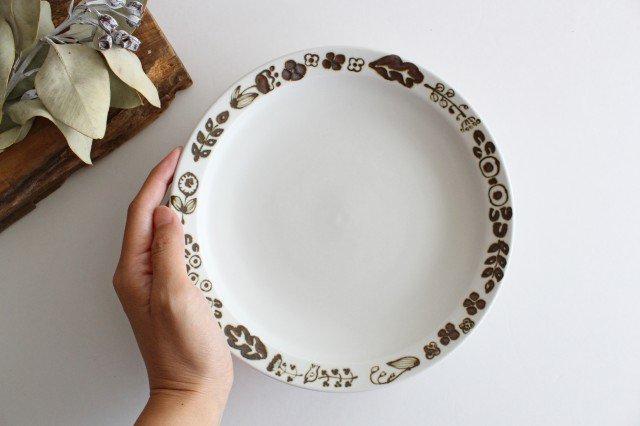 7寸皿 さんぽみち ブラウン 磁器 すこし屋 砥部焼 画像6