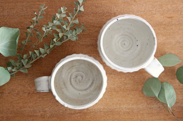 美濃焼 ろくろ粉引 そぎまるマグ 陶器 画像3