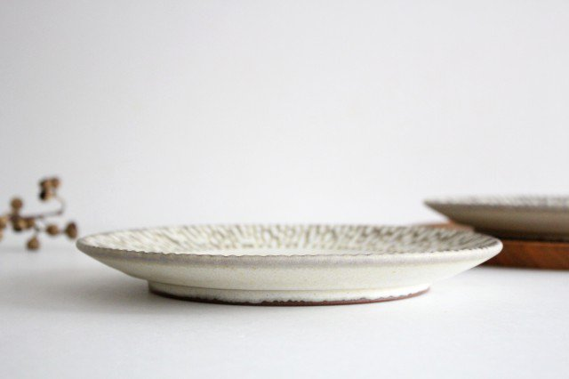 リム7寸皿 さざなみ 陶器 シモヤユミコ 画像2