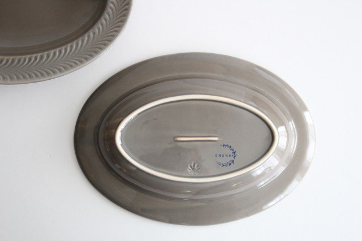 オーバル皿 グレー 陶器 ローズマリー 波佐見焼 画像4