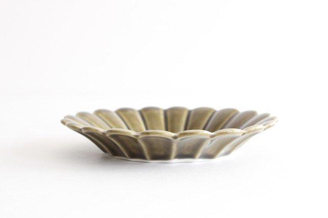15cm丸皿 カーキ 磁器 キクワリ 波佐見焼 画像2