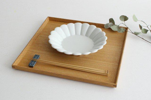 19cm丸皿 白 磁器 キクワリ 波佐見焼 画像2