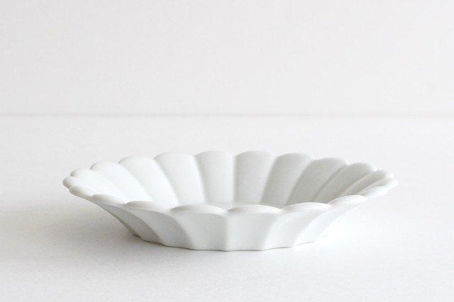 19cm丸皿 白 磁器 キクワリ 波佐見焼 画像3