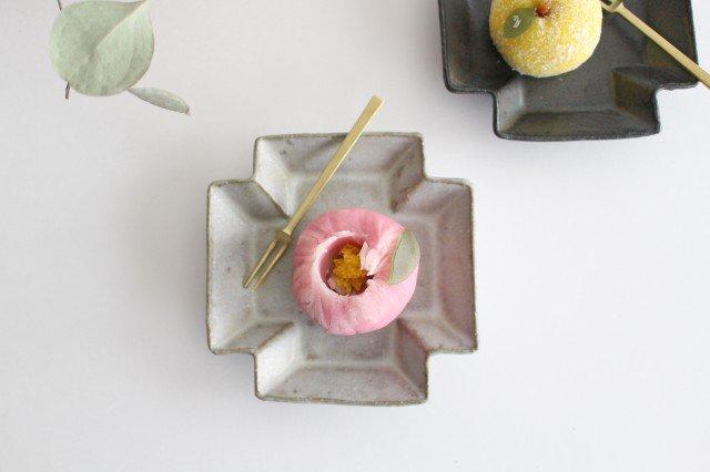 小皿 プラス グレー 陶器 たくまポタリー