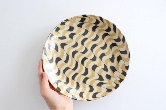 丸皿 大 波 黄色 陶器 陶芸工房ももねり。 草なぎ桃江 画像5