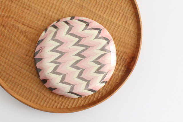 丸皿 中 羽根 ピンク 陶器 陶芸工房ももねり。 草なぎ桃江 画像3