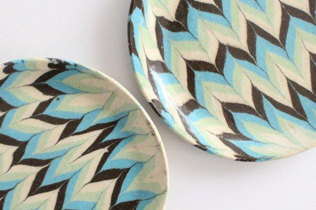 丸皿 中 羽根 水色 陶器 陶芸工房ももねり。 草なぎ桃江 画像3