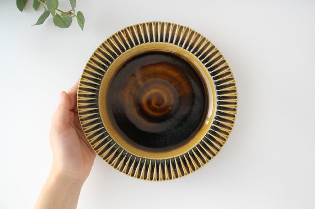 7寸リム皿 飴釉 陶器 はなクラフト 画像3