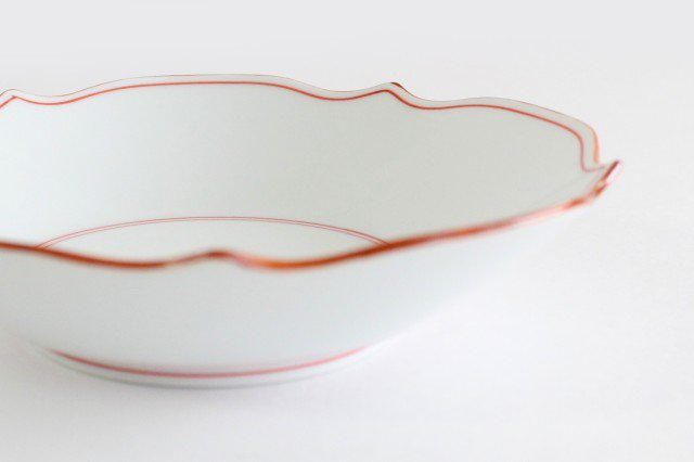 花型深皿 渕錆 見込筋 赤 磁器 波佐見焼 画像3
