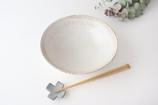リース7寸鉢 ホワイト 陶器 アトリエキウト 小出麻紀子 画像4