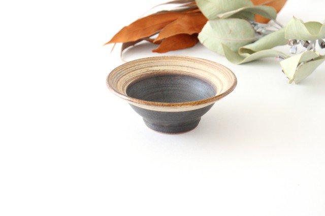 4寸平鉢 刷毛目 陶器 ツチノヒ やちむん 画像2