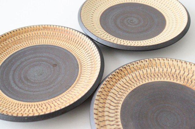 5寸皿 トビカンナ 陶器 ツチノヒ やちむん 画像4