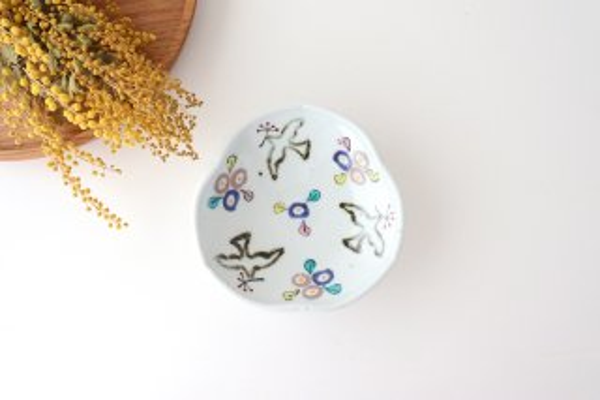 4寸玉縁輪花皿 鳥と花 磁器 皐月窯 砥部焼商品画像