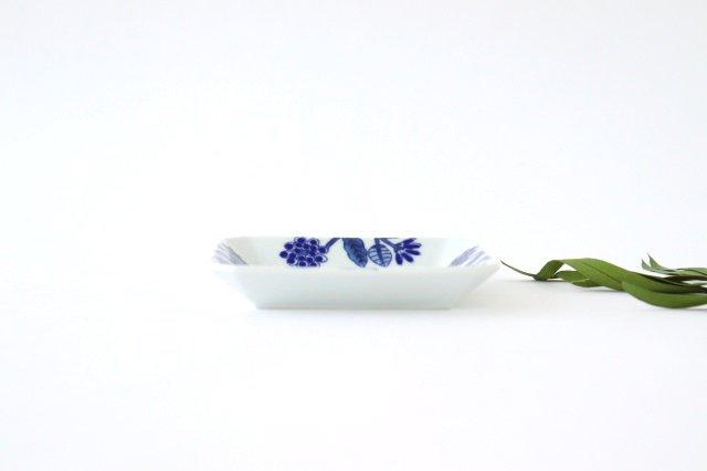 角皿 呉須葉釉花  青 磁器 波佐見焼 画像4