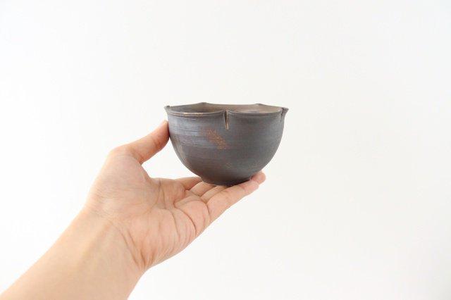 輪花小鉢 黒 陶器 酒井陶太 画像2