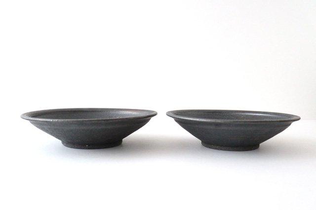 7寸平鉢 黒 陶器 信楽焼 画像2