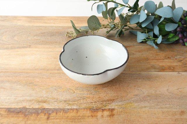 粉引輪花小鉢 陶器 信楽焼