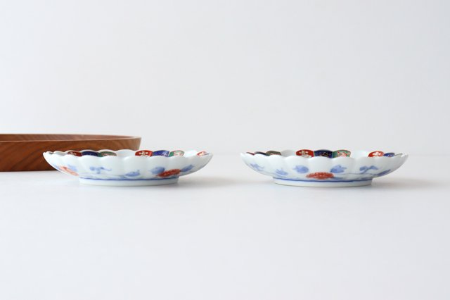 3寸皿 見込菊花紋 磁器 波佐見焼 画像2