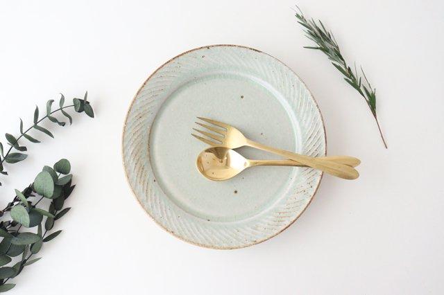 ナナメしのぎプレート 7.5寸 粉引 陶器 伊藤豊