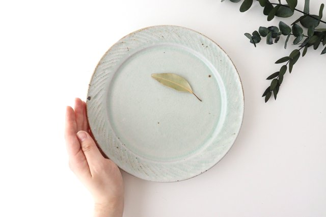 ナナメしのぎプレート 7.5寸 粉引 陶器 伊藤豊 画像6