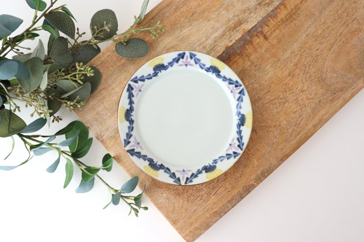 5寸リム皿 タンポポとれんげ 磁器 皐月窯 砥部焼