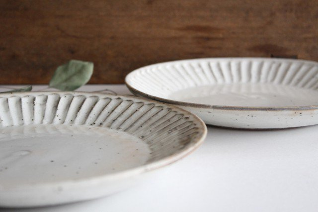 美濃焼 粉引削り大皿 陶器 画像6
