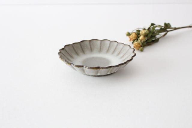 小皿 ハナ グレーマット 陶器 たくまポタリー 画像4
