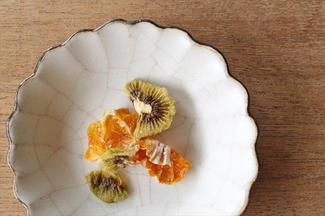 小皿 ハナ カンニュウ 陶器 たくまポタリー 画像3