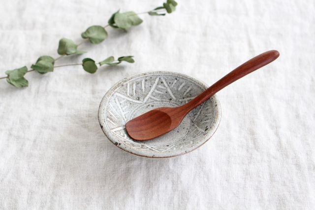 美濃焼 砂唐津三島 小皿 陶器 画像3
