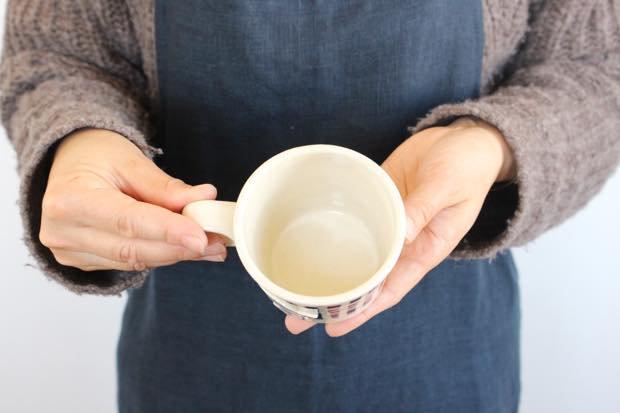 ブルーライン ツバメマグカップ 陶器 東峯未央 画像3