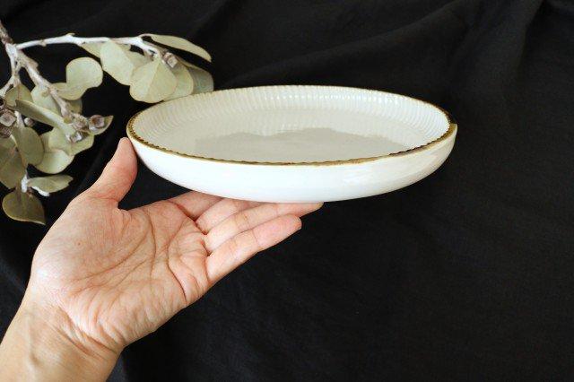 丸平皿 L ホワイト 半磁器 アトリエキウト 小出麻紀子 画像2