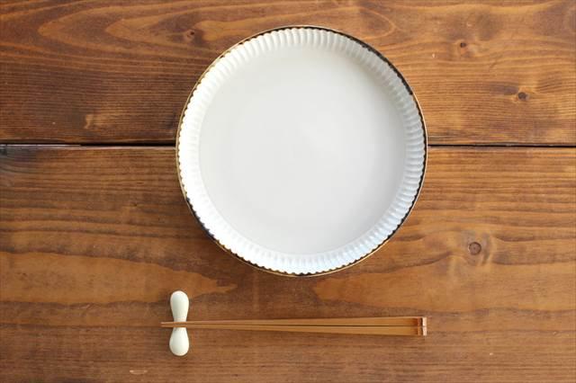 丸平皿 L ホワイト 半磁器 アトリエキウト 小出麻紀子 画像4