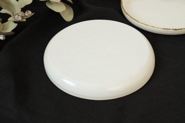 丸平皿 L ホワイト 半磁器 アトリエキウト 小出麻紀子 画像6