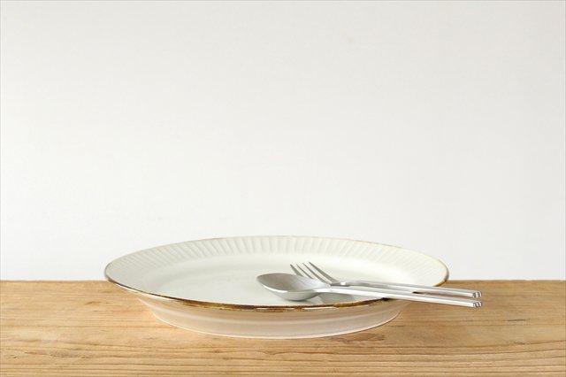 Tatebori リム平皿 ホワイト 半磁器 アトリエキウト 小出麻紀子 画像3
