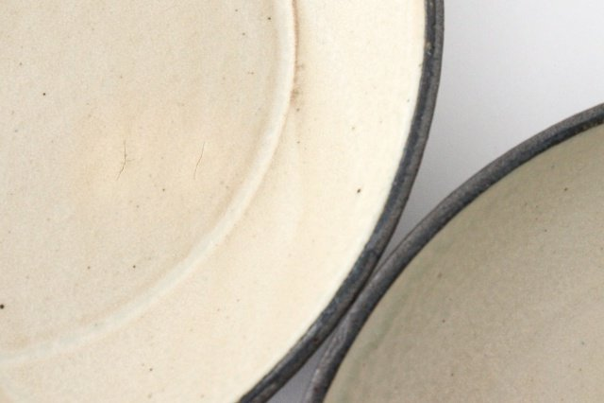 7寸リム皿 白黒 陶器 寺田昭洋 画像3