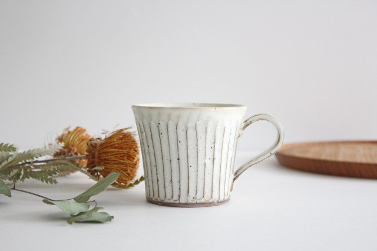 美濃焼 粉引削りマグカップ 陶器