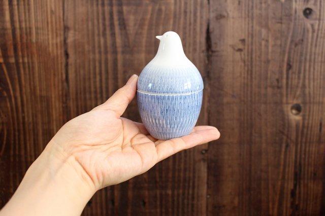 白山陶器 とり型蓋付きようじ立て トビカンナ 磁器 波佐見焼 画像2