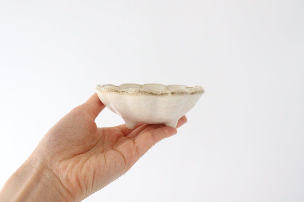 美濃焼 菊花 3寸小鉢 白 磁器 画像2