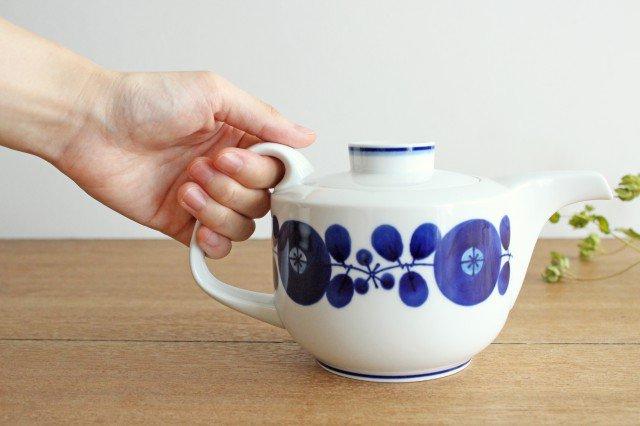 白山陶器 ブルーム リース ティーポット 磁器 波佐見焼 画像6