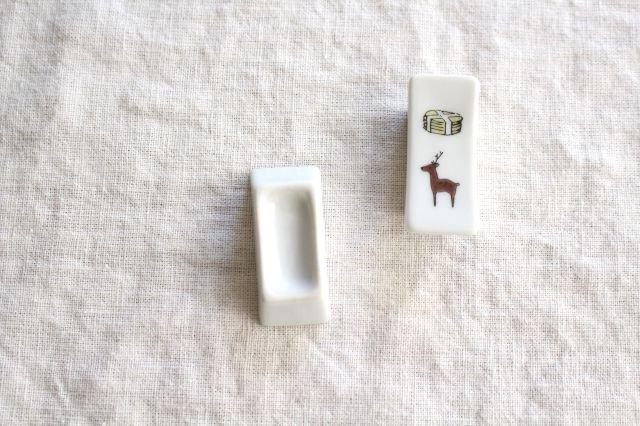 KUTANI SEAL 箸置き 鹿と煎餅 磁器 中川政七商店 画像4