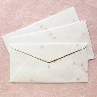 桜 舞い散る 和紙の封筒