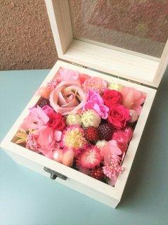 プリザーブドフラワー11 木製BOXフラワー ピンク系